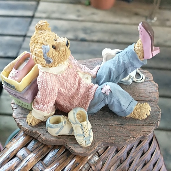 Boyd's Bears Bearstone Collection If the Shoe Fits